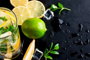 Mojito cocktails and ingredients
