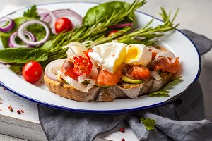Egg poached and salmon