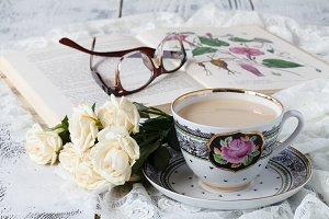 Milk tea and white roses