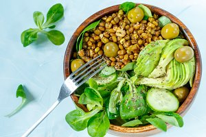 salad with mung beans