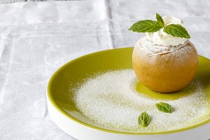 Baked apple desert