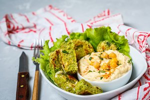 reen falafel with hummus