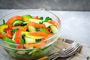 Citrus green salad with salmon