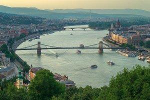 Gelert hill view of Szechenyi Bridge