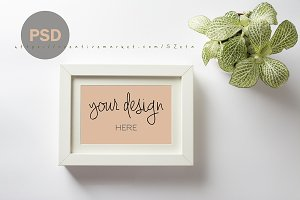 White frame mock up PSD