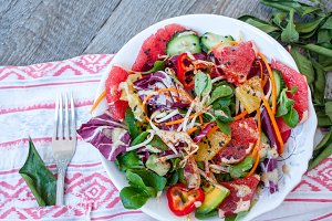 vegetable salad with grapefruit