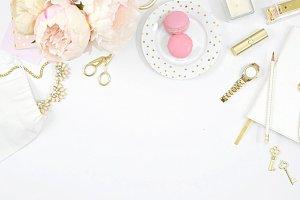 White pink desktop mockup photo
