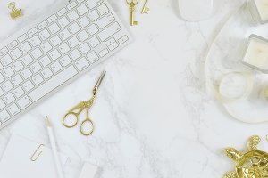 White roses gold desk flat lay photo