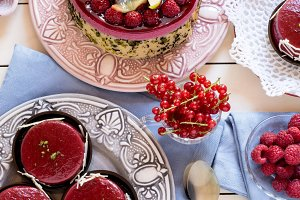 Starwberry pie with berries on table