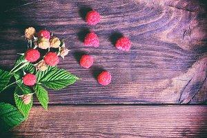 ripe and unripe raspberry