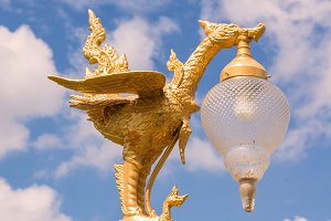 golden swan light bulb