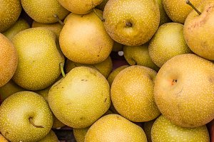 Fresh asian pears at the farmers market