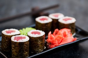 Tuna maki sushi rolls