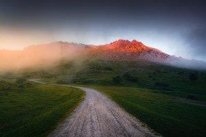 Path to Anboto mountain