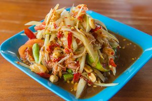 papaya salad of spicy Thai food