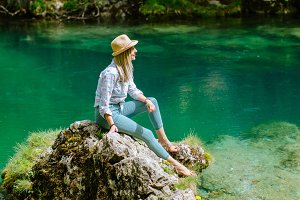 woman relax at mountain lake