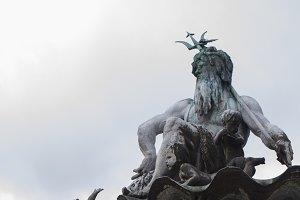 Poseidon (vertical)