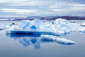 Icelandic glacier lagoon bay