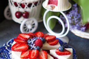 Mousse berry cake with flowers