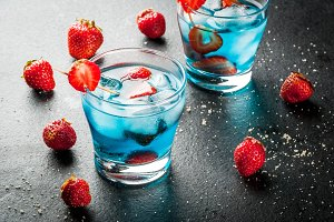 Cocktail strawberry colada
