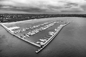 B&W view of Blairgowrie Marina