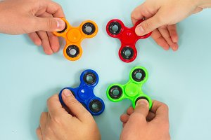 fidget spinner, popular relaxing toy