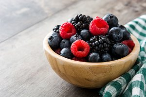 Healthy berries in a bowl