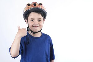 child in a bicycle helmet