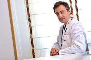 Doctor in consultation diagonal