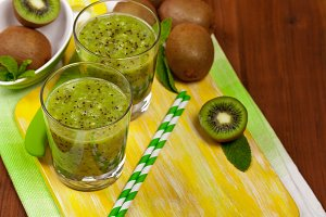 Kiwi Smoothie Drink