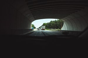 On the Road - Tunnel