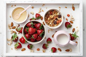 Cereal breakfast with muesli and strawberry