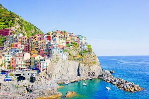 Stunning view of the beautiful and cozy village of Manarola in the Cinque Terre Reserve. Liguria region of Italy.