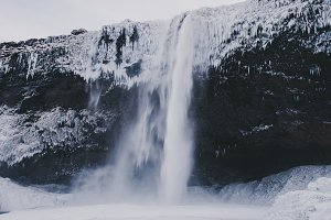 Waterfall in Winter #02