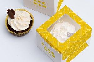 One Cupcake Box Mockup 01
