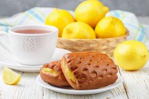 buns with lemon