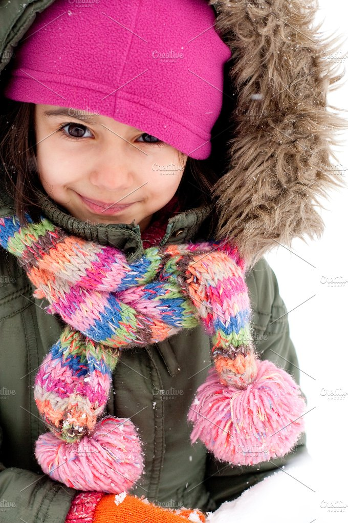 Snow little girl.jpg - People