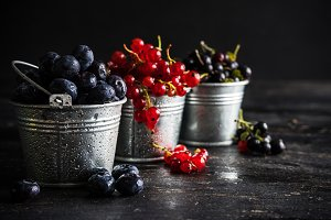 Organic summer fruits