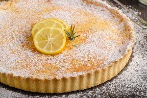 Delish leamon tart