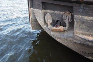 ship anchor detail