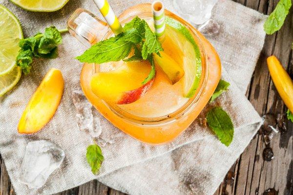 Peach smoothie, juice or lemonade