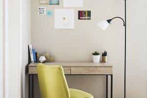 Modern Desk Workspace