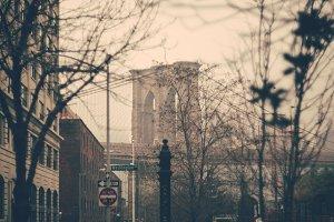 Brooklyn Bridge: Vintage Style