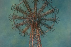 Polaroid: Parachute Jump #3
