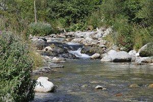 setcases River