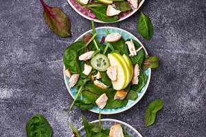 Salad with chicken and apple