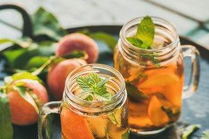 Summer cold peach ice tea