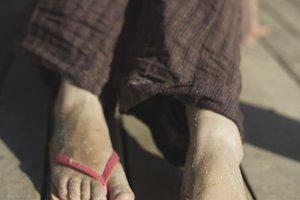 Foot in thongs