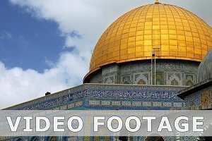 Dome of the Rock mosque in Jerusalem zoom shot