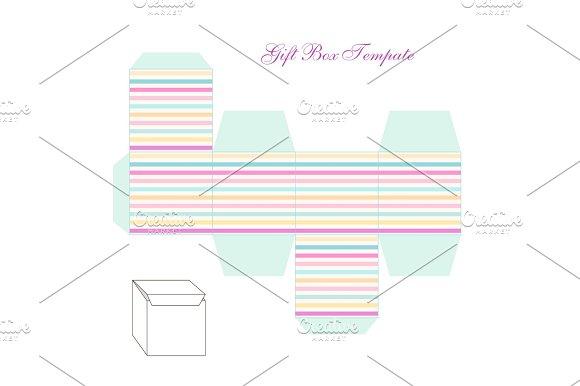 cute retro square gift box template with striped ornament to print